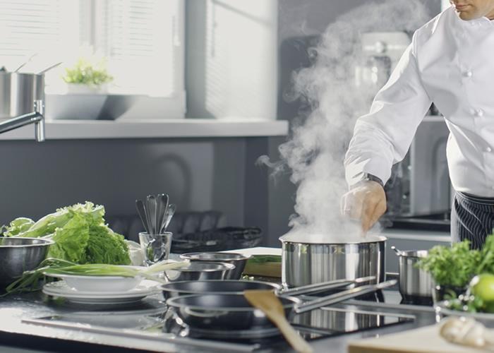 Maquinaria de cocina para hostelería - Oms y Viñas siempre a tu lado